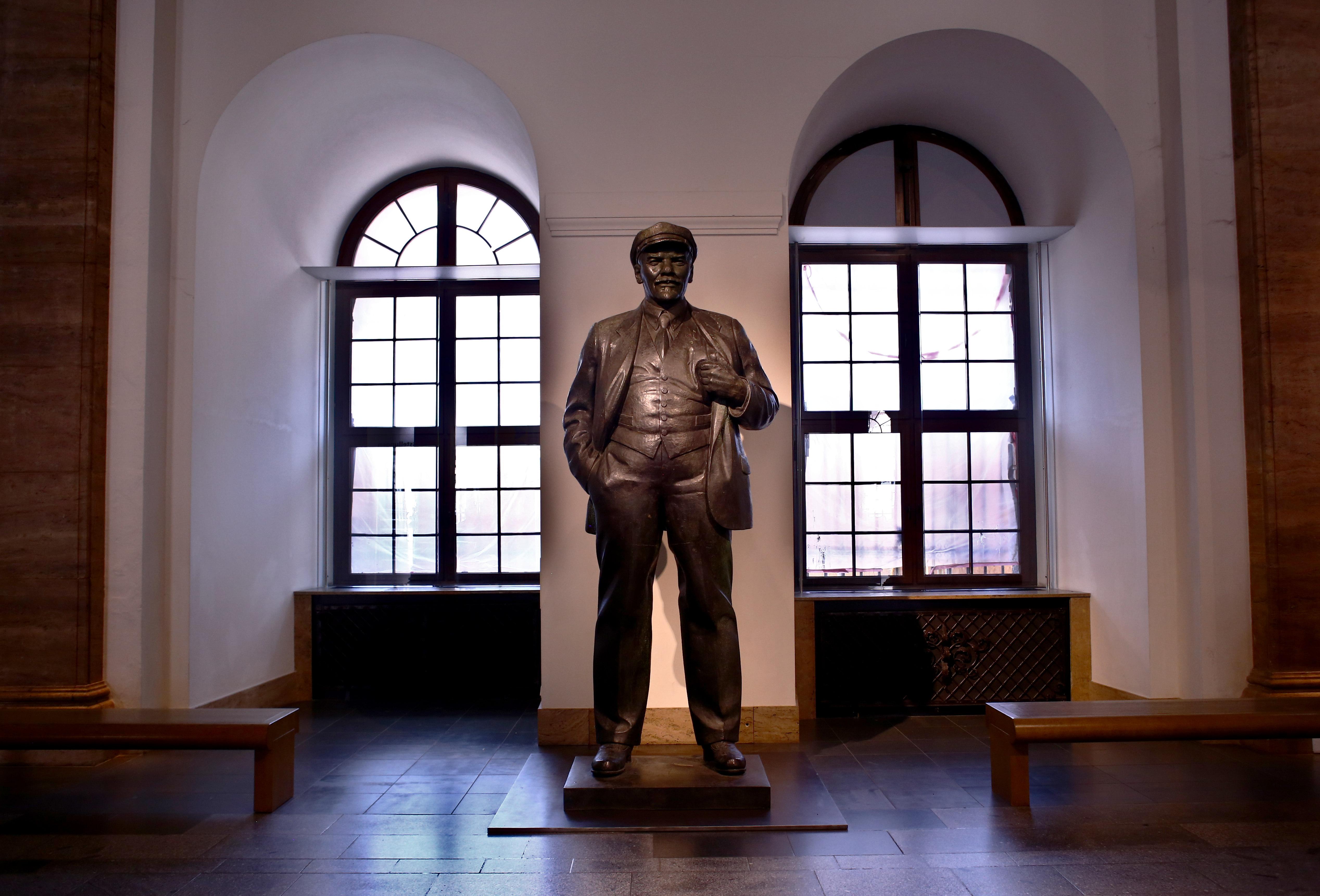 Lenin_bydchantzaras3