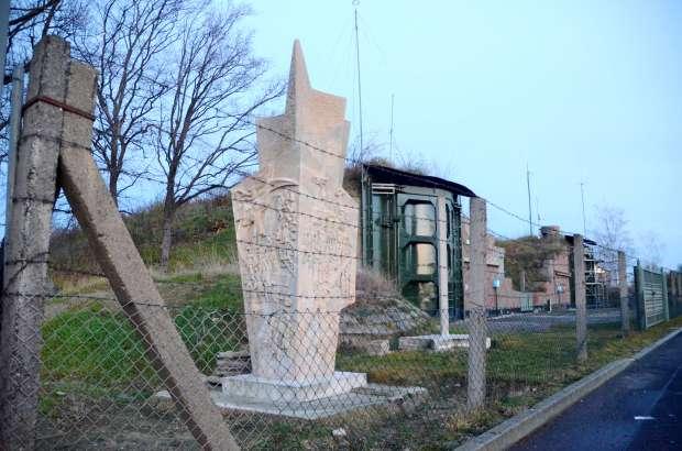 3_Lenindenkmal