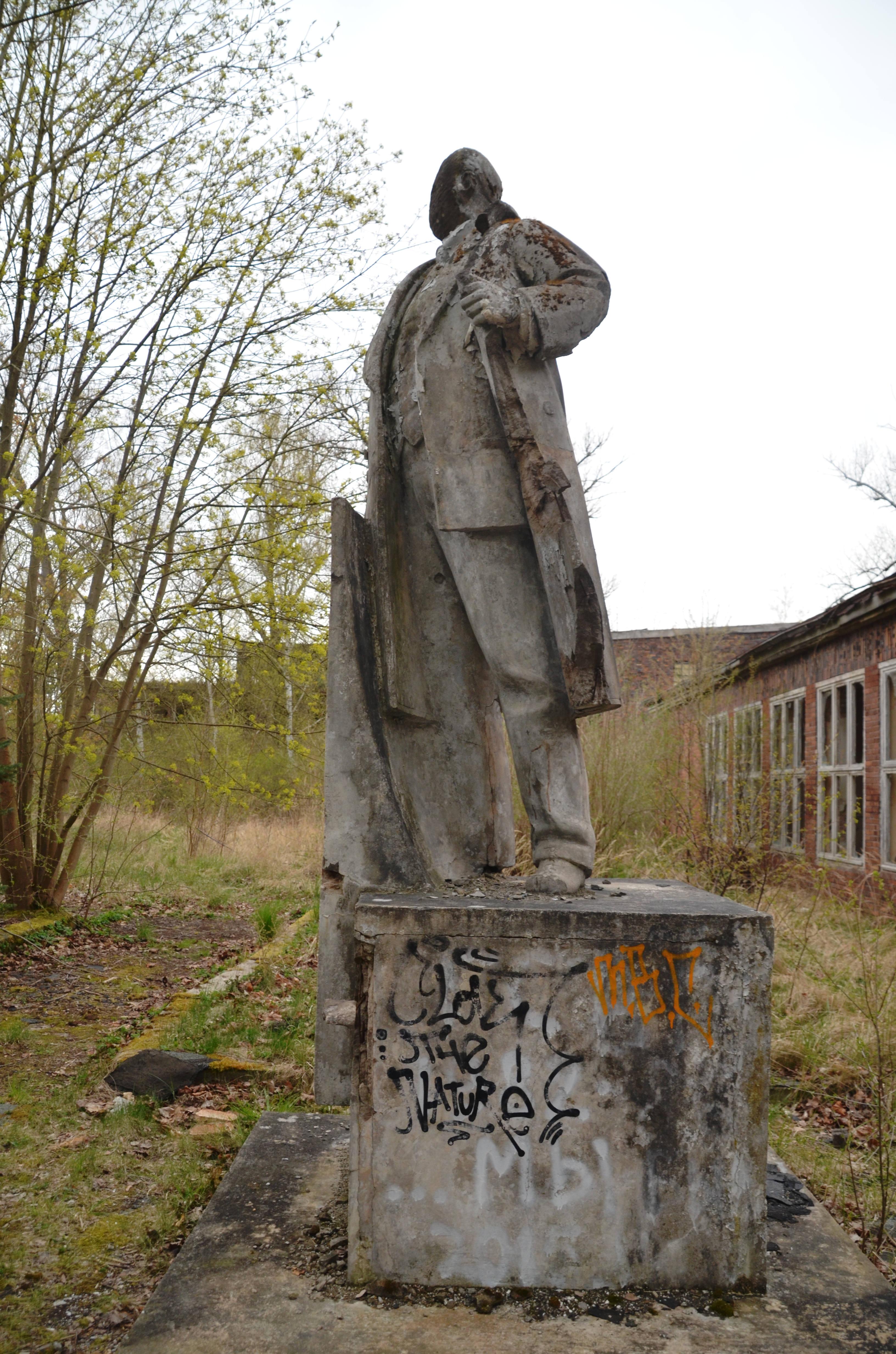 2_Lenin51